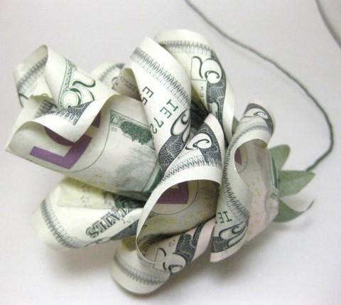 Цветок из долларов, копирайтинг высоких гонораров