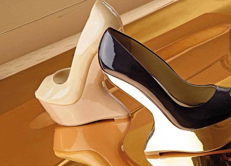 Фотосъемка обуви с отражением